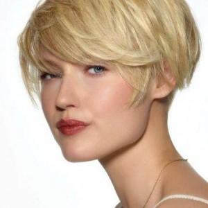 coupe-cheveux-courte-carre-boule-degrade